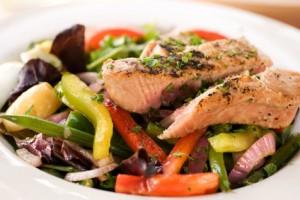 Laihduttajan ruokavalio - ruokaisa salaatti